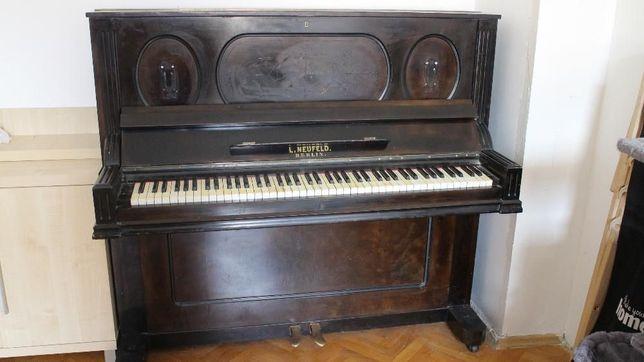 Stare pianino na sprzedaż! L. Neufeld. Berlin