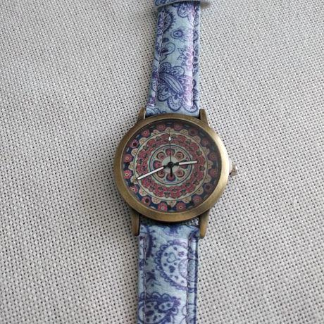 Zegarek ręczny orientalny