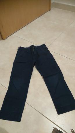 Calça sarja azul escuro 4-5 anos com portes incluidos