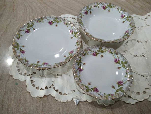 Komplet talerzy, porcelana Iwona Chodzież
