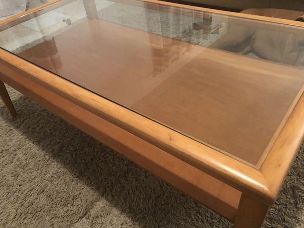 Mesa de centro de madeira maciça