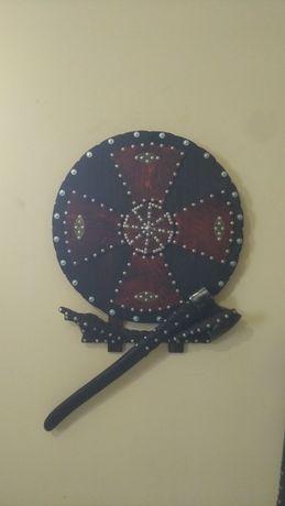 Панно в подарок мужчине. Щит и меч. Щит и топор. Ручная работа.
