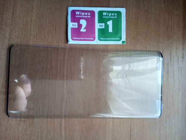 Продам закаленное стекло на смартфон NOVA 8pro