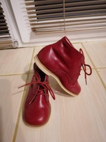 Ботиночки  осенние для девочки Bally
