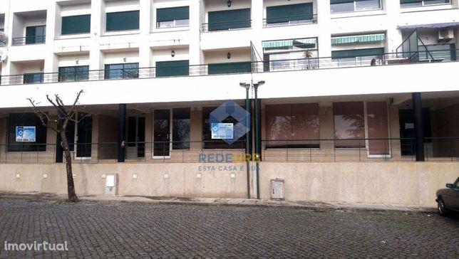 Loja  C/ Logradouro - Frossos - Braga