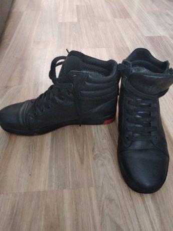 Чоловічі стильні зимові черевики 41см.Кожа