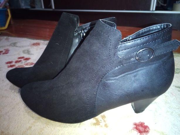 Ботільйони,ботинки F&F