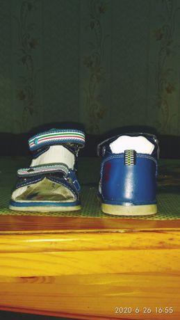 Продам детские сандали-ортопед