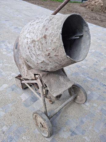 Porządna betoniarka sprawna, 230V.