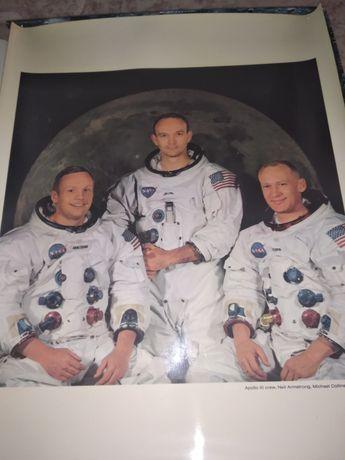 Livro / álbum sobre a ida a lua