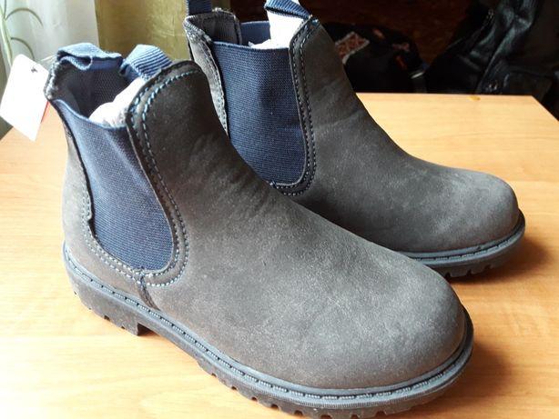 Демисезонные ботинки 31р