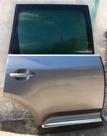 Двери Дверь задняя передняя Volkswagen Touareg / Audi Q7 Ауди Ку7