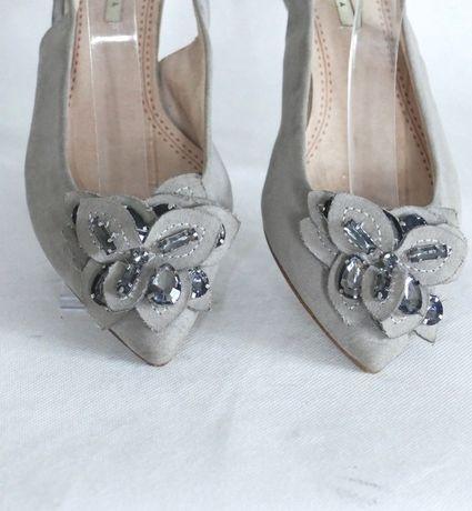Corina sandały z kamieniami 38 i 40