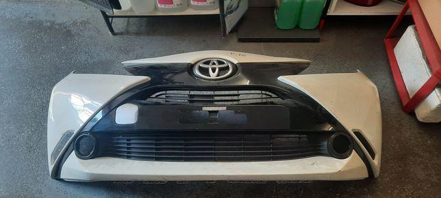 Zderzak przód przedni Toyota aygo II 2014-17 oryginał