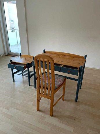 Biurko, krzesło, stolik komplet
