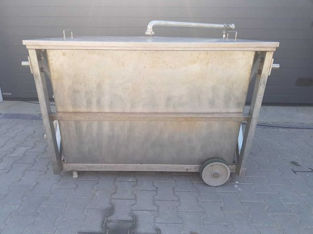 D08 Pojemnik wózek zbiornik na kółkach kwasoodporny