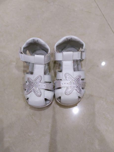 Sandálias Criança - Tam 22
