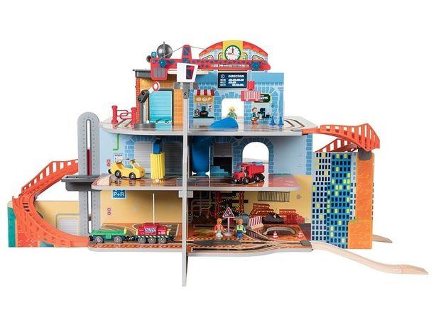 Dworzec kolejowy i plac budowy w jednym play tive