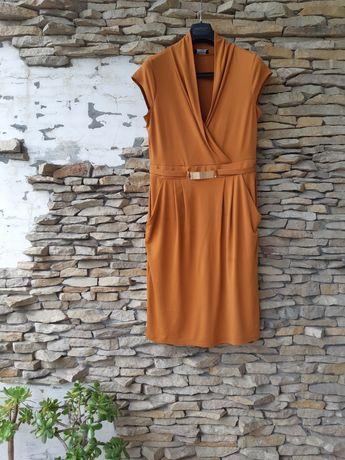 Безумно красивое горчичное с карманами платье большого размера
