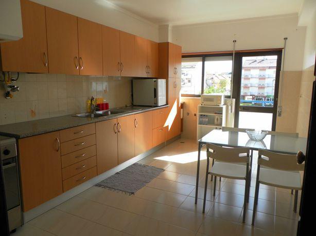 Apartamento T2 em Fátima para alugar