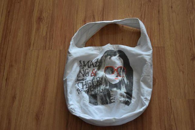 Materiałowa młodzieżowa torebka,torba z nadrukiem na lato ZARA Girl