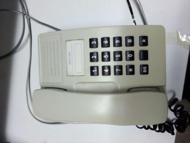 Telefone clássico de teclas