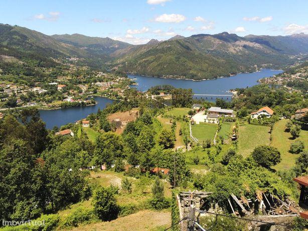 Moradia no Gerês com vistas magnificas sobre rio / Lago , Albufeira da