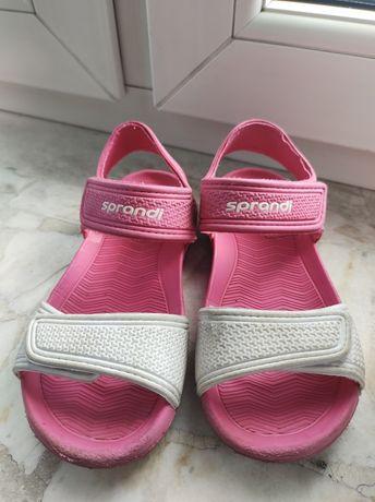 Sandałki sportowe