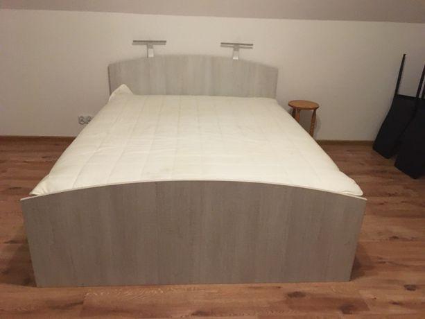 Łóżko 160x200 z materacem