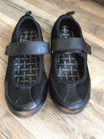Спортивные туфли босоножки Vionic р.36