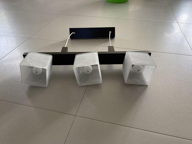 Zyrandol drewno/szklo 3x60w