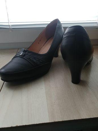 Туфли натуральная кожа р. 41
