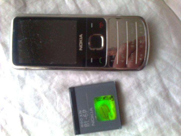 Nokia 6700-c1 srebna.Nokia E66.