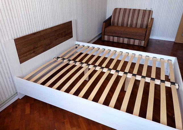 Двоспальне стильне ліжко Макрос з ортопедичними ламелями