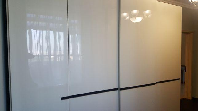 Шкаф для одежды. Гардеробный шкаф Molteni & C