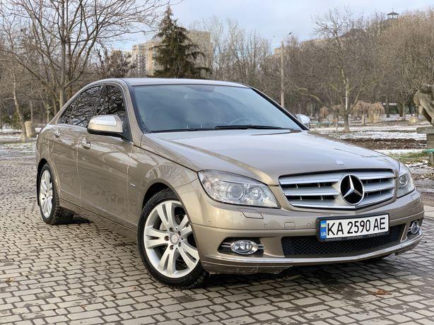 Продам официальный Mercedes C200 Kompressor