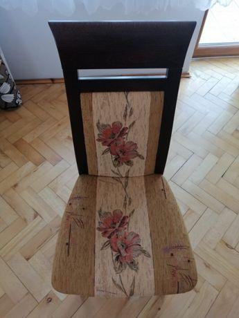 12 krzeseł drewnianych