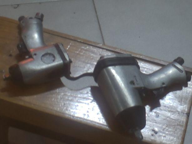 duas chaves de impacto pneumaticas