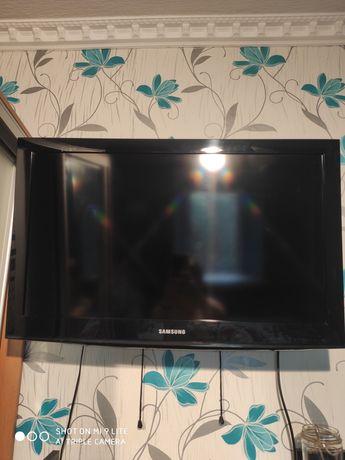 Продам телевизор Samsung LE32E420E2W
