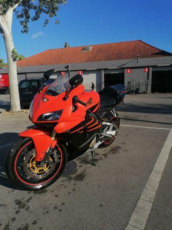 Vendo mota cbr600 rr