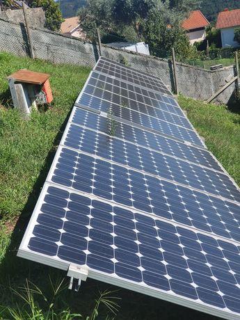 24 painéis fotovoltaicos e inversor