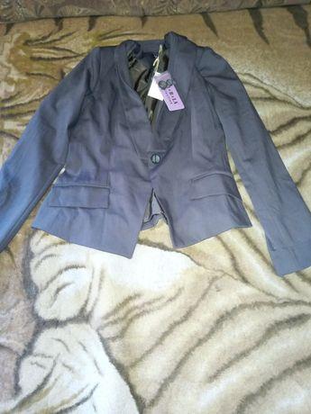 Женская одежда(Пиджаки)
