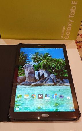 Идеальный!Планшет SAMSUNG SM-T561N Galaxy Tab E 9.6+оригинальный чехол