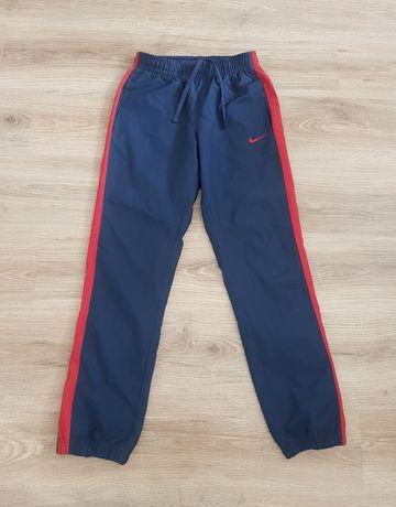Nike Atheltic Dept spodnie sportowe r.XS