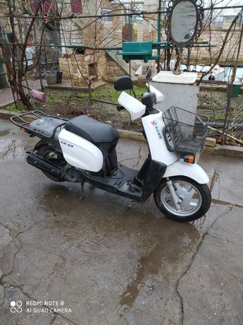 Скутер - Yamaha gear 4t.