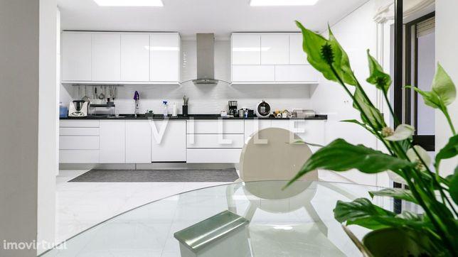 Apartamento T3, Penthouse no Centro de Aveiro