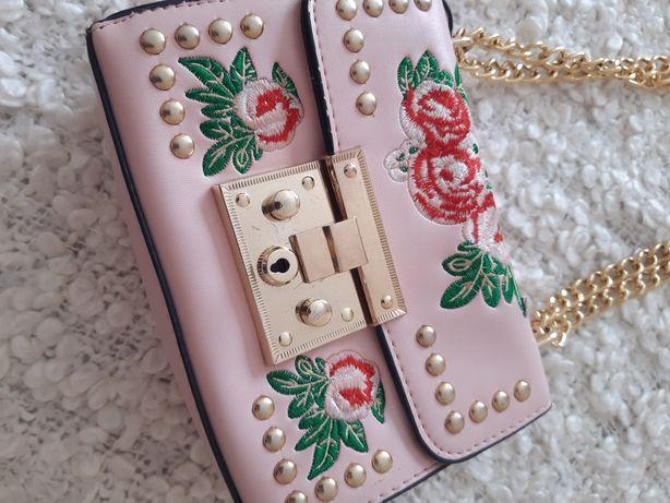 Продам сумки: сіру syoss та рожеву