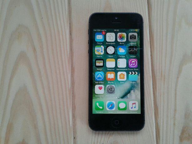 Продам Iphone 5.