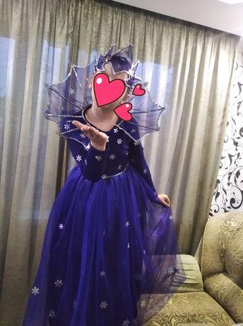 Новогодний костюм королевы
