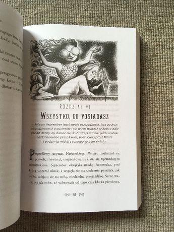 Książka O pewnej dziewczynce która wzleciała nad Krainę Czarów i przec